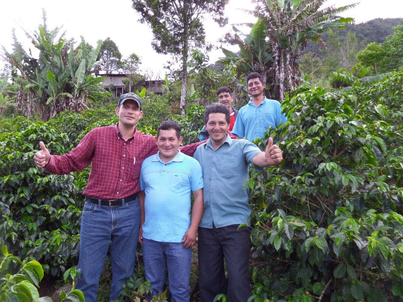 Our Green buyer Elmer (left) and the team from El Ciprez