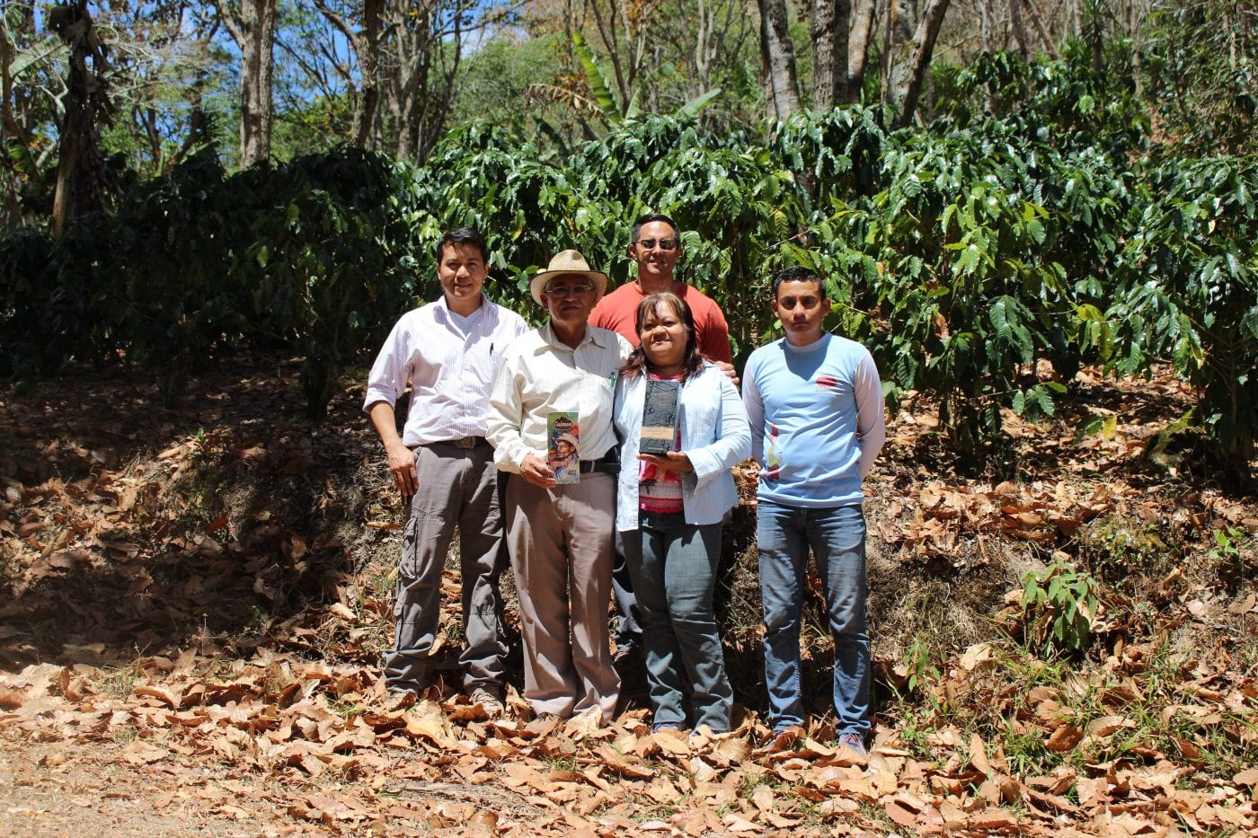 The family, with Luis Oliva on the far Left